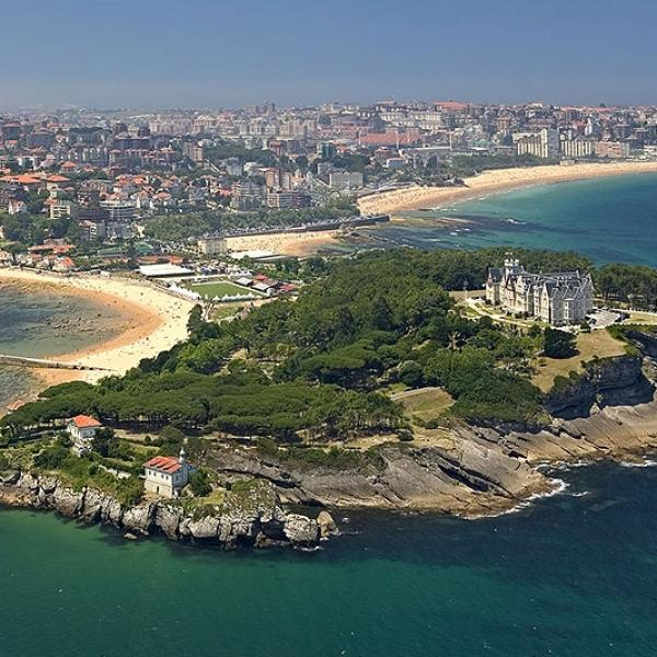 Santander et santillana del mar bilbao tour guide for Oficinas santander bilbao